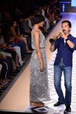 Raghav Sachar walks for Rina Dhaka at Myntra fashion week day 1 on 3rd Oct 2014 (499)_543127687a6e4.JPG