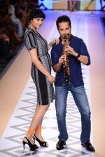 Raghav Sachar walks for Rina Dhaka at Myntra fashion week day 1 on 3rd Oct 2014 (506)_543127a42ba37.JPG