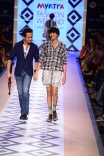 Raghav Sachar walks for Rina Dhaka at Myntra fashion week day 1 on 3rd Oct 2014 (508)_543127c089261.JPG