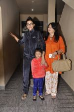 Sushmita Sen snapped with family at PVR on 4th Oct 2014 (15)_5430d634de8b0.JPG