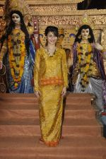 Tanisha Mukherjee at Durga Pooja on 4th Oct 2014 (4)_5430bc456a957.JPG