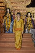 Tanisha Mukherjee at Durga Pooja on 4th Oct 2014 (5)_5430bc4ec76d7.JPG