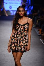 Model walk the ramp on day 3 of Myntra fashion week in Mumbai on 5th Oct 2014 (223)_54321fa5e27bc.JPG