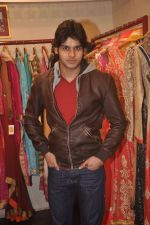 Abhimanyu Dassani at Ushma Vaidya presented her festive collection in Dvar, Juhu, Mumbai on 7th Oct 2014 (251)_5434d9c187602.JPG