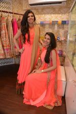 Malvika Raaj at Ushma Vaidya presented her festive collection in Dvar, Juhu, Mumbai on 7th Oct 2014 (373)_5434db7774a16.JPG