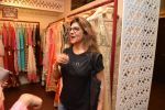 Pinky Roshan at Ushma Vaidya presented her festive collection in Dvar, Juhu, Mumbai on 7th Oct 2014 (296)_5434db9a4cd82.JPG