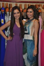 Shazahn Padamsee at Soniya VEMB preview in Dvar, Mumbai on 9th Oct 2014 (13)_543778a082b2e.JPG