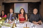 Juhi Chawla receives the vocational excellence award from the Rotary international on 10th Oct 2014 (12)_543936a447f15.JPG