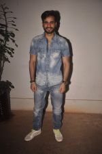 Karan Tacker at Special screening of Sonali Cable at Sunny Super Sound on 11th Oct 2014 (64)_543a843b96837.JPG