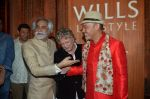 Christian Louboutin on day 5 of wills Fashion Week for rohit bal show on 12th Oct 2014 (259)_543b74da75b47.JPG