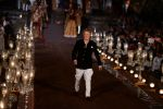 Rohit Bal Show at grand finale of Wills at Qutub Minar, Delhi on 12th Oct 2014 (478)_543b6fa085707.JPG