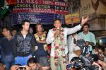 Aslam Shaikh with Amir Ali and Shakti Kapoor  in support of the Malad West candidate Aslam Shaikh (11)_543cc64334ccd.JPG