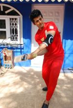 Hiten Tejwani at TV shoot for new season of Cricket league in Mumbai on 13th Oct 2014 (19)_543cd52d0684e.JPG