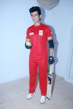 Hiten Tejwani at TV shoot for new season of Cricket league in Mumbai on 13th Oct 2014 (26)_543cd53369e2c.JPG