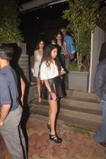 Sridevi, Boney Kapoor, Jhanvi Kapoor, Khushi Kapoor snapped in Mumbai on 13th Oct 2014 (33)_543ccacd2bbf5.JPG