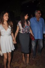 Sridevi, Boney Kapoor, Jhanvi Kapoor snapped in Mumbai on 13th Oct 2014 (39)_543ccb03d2f06.JPG