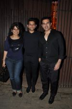 Archana Puran Singh, Parmeet Sethi snapped in Juhu at A private Diwali Bash in Mumbai on 18th Oct 2014 (1)_5443c2bd00bef.JPG