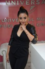 Thai singer Ann Mitchai Bollywood album launch in Universal Music Office, Bandra on 18th Oct 2014 (30)_54439ea5a6052.JPG