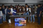 Vivaan Shah, Boman Irani, Shahrukh Khan, Deepika Padukone, Sonu Sood, Abhishek Bachchan at Mad Over Donuts - Happy New Year contest winners meet in Mumbai on 19th Oct 2014 (233)_54450a41c0c10.JPG