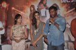 Ajay Devgn, Yami Gautam, Manasvi Mamgai at the First look launch of Action Jackson in Mumbai on 22nd Oct 2014 (10)_5448ea8af342c.JPG