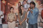 Ajay Devgn, Yami Gautam, Manasvi Mamgai at the First look launch of Action Jackson in Mumbai on 22nd Oct 2014 (12)_5448ea8d0b054.JPG