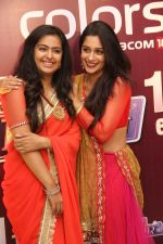 Roli aka Avika Gor with Simar aka Deepika Samson   at the celebration of Sasural Simar Ka 1000 episode completion_5448d3f6ec129.JPG