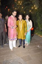 Abhishek Bachchan, Sachin Tendulkar, Anjali Tendulkar at Amitabh Bachchan and family celebrate Diwali in style on 23rd Oct 2014