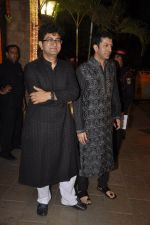 Kunal Kohli, Parsoon Joshi at Amitabh Bachchan and family celebrate Diwali in style on 23rd Oct 2014 (58)_544a48f80de2a.JPG
