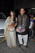 Sunita Gowariker, Ashutosh Gowariker at Aamir Khan_s Diwali Bash in Mumbai on 23rd Oct 2014 (218)_544a38543661b.JPG