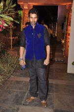 Shabbir Ahluwalia at Sachiin Joshi_s Diwali bash in Mumbai on 24th Oct 2014 (69)_544b90e175450.JPG