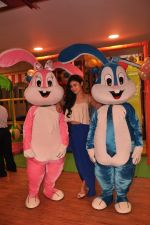 Mouni Roy at the launch of a new play around centre in Kandivali  on 25th Oct 2014 (3)_544ccf869de84.jpeg
