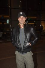 James Marsden arrives in India on 28th Oct 2014 (13)_545093b6c5d07.JPG
