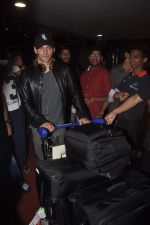 James Marsden arrives in India on 28th Oct 2014 (20)_545093bb94033.JPG