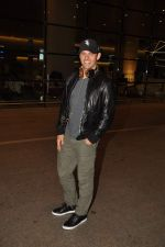 James Marsden arrives in India on 28th Oct 2014 (26)_545093bfc7323.JPG
