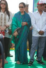 Poonam Dhillon, Poonam Sinha at Swacch Bharat campaign in MMRDA on 28th Oct 2014 (11)_54509358d3496.JPG