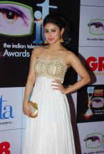 Mouni Roy at ITA Awards red carpet in Mumbai on 1st Nov 2014 (552)_545636a655591.JPG