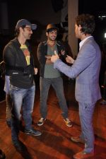 Zayed Khan, Hrithik Roshan with kids at Raell Padamsee_s show by Lior Ruchard in St Andrews on 8th Nov 2014 (106)_545f4ddc33469.JPG