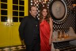 raj anand with gauri khan at Gauri Khan_s The Design Cell and Maison & Objet cocktail evening in Lower Parel, Mumbai on 11th Nov 2014_546372cae5c21.JPG