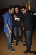 Ganesh Hegde, Manmeet Gulzar, Harmeet Gulzar at Sharafat Gayi Tel Lene in Cinemax, Mumbai on 14th Nov 2014 (11)_54674882597bc.JPG