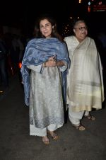 Dimple Kapadia at Ravi Chopra prayer meet in Blue Sea on 15th Nov 2014 (134)_54687cb9250e2.JPG
