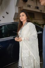 Rani Mukherjee at Ravi Chopra prayer meet in Blue Sea on 15th Nov 2014 (209)_54687d6163a3d.JPG