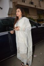Rani Mukherjee at Ravi Chopra prayer meet in Blue Sea on 15th Nov 2014 (211)_54687d638b466.JPG
