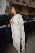 Rani Mukherjee at Ravi Chopra prayer meet in Blue Sea on 15th Nov 2014 (212)_54687d6491c26.JPG