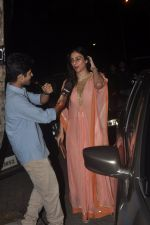Tabu at Sonali Bendre_s marriage anniversary in Mumbai on 15th Nov 2014 (31)_54687ea31d6df.JPG
