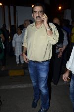 at Ravi Chopra prayer meet in Blue Sea on 15th Nov 2014 (154)_54687d0225eb8.JPG