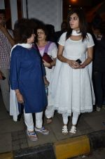 at Ravi Chopra prayer meet in Blue Sea on 15th Nov 2014 (171)_54687d1456ea4.JPG