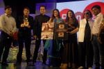 Raveena Tandon, Ravindra Jain, Rohit Roy at Lalitya Munshaw concert in Rangsharda on 16th Nov 2014 (30)_54699a8b11899.JPG