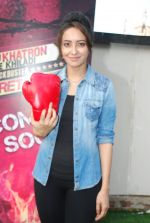 Asha Negi at Khatron Ke Khiladi announces new participants in Mumbai on 17th Nov 2014 (18)_546ae65a304b0.JPG