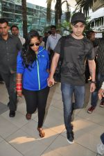 Arpita Khan returns post wedding in Mumbai on 21st Nov 2014 (12)_54706649a9a81.JPG