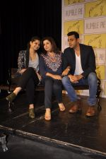 Rhea Kapoor, Farah Khan, Cyrus Sahukar launches Humble Pie in Palladium on 20th Nov 2014 (32)_54706224b8a43.JPG